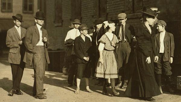 American Tobacco Co Factory, Petersburg, VA (Lewis Hine 1910)