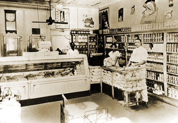 Interior View of Palace Market, circa late 1920s